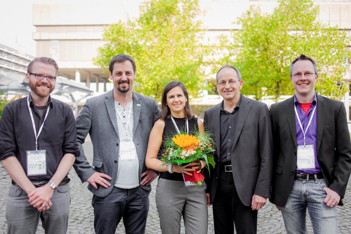 Foto: Preisträgerin Nachwuchspreis 2016 und Jurymitglieder